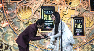 Acclaimed Bollywood Actor Nawazuddin Siddiqui wins Best Supporting Role (Male) at NEXA IIFA Awards Styled by Myntra